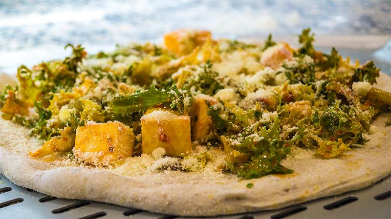 Preparazione pizza Apud Jatum